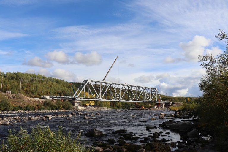 мост в Мурманской области